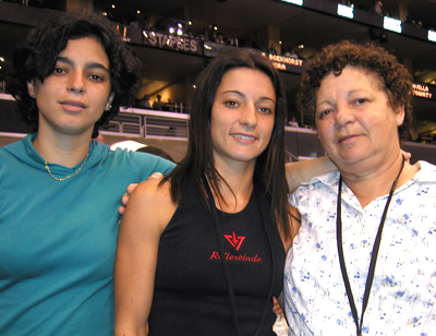 Fabiola da Silva with her Sister and Mom